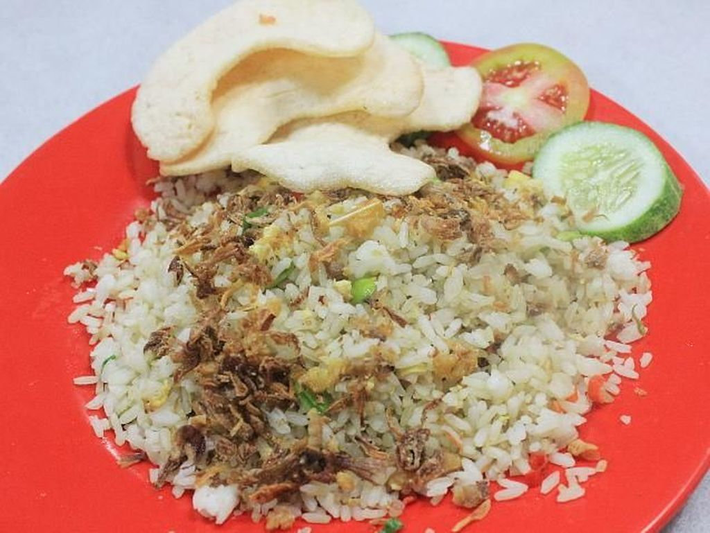 Enaknya Nasi Goreng Petai yang Renyah untuk Makan Siang