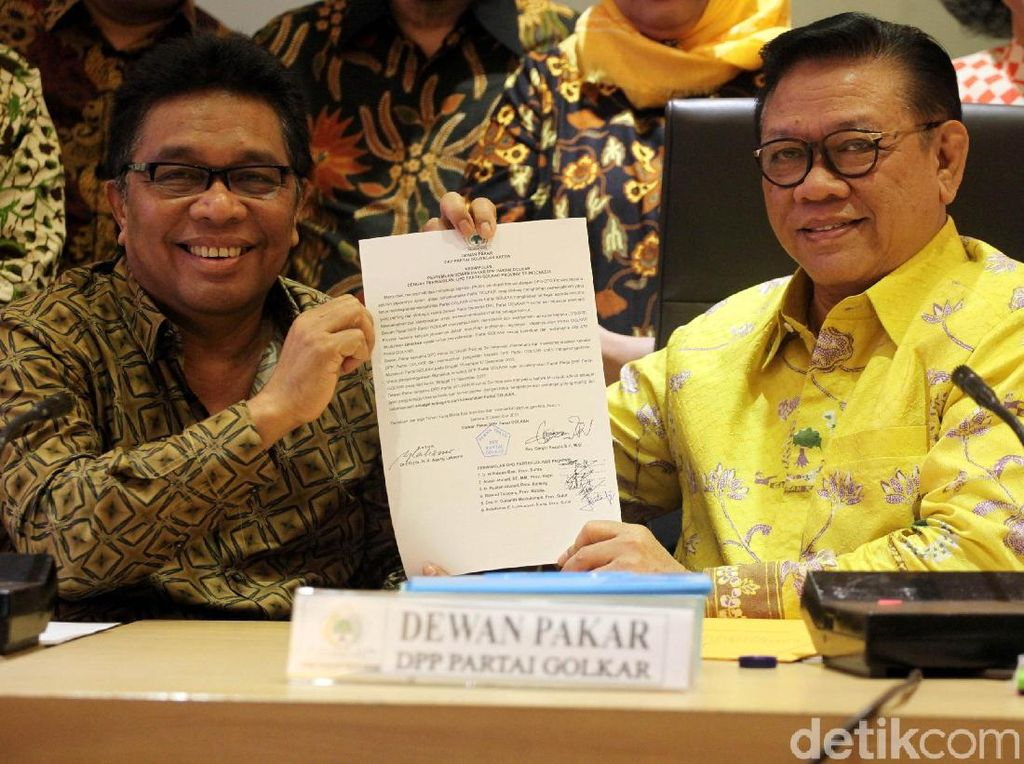 Agung Laksono Desak DPP Golkar Gelar Munaslub