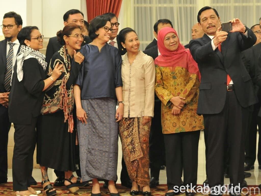 Foto: Perginya 1 Srikandi di Kabinet Jokowi