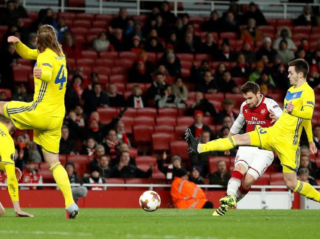 Arsenal Akhiri Fase Grup dengan Kemenangan atas BATE 6-0