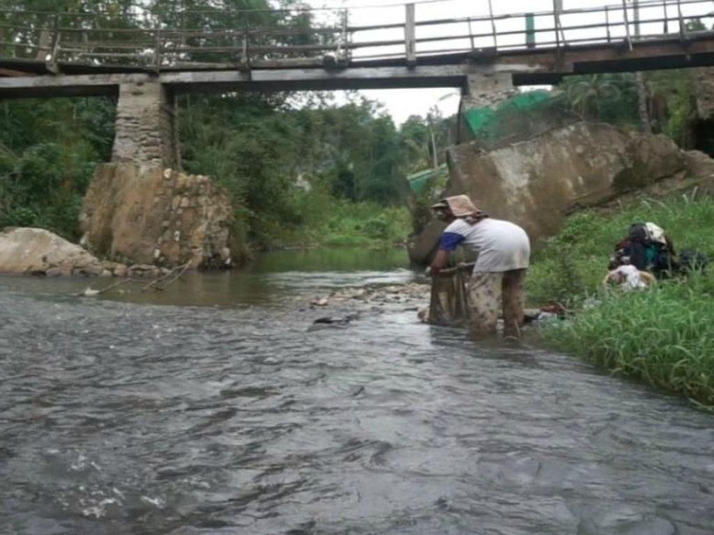 Perbaiki Infrastruktur, BUMN Ini Bangun 8 Jembatan di Berbagai Daerah