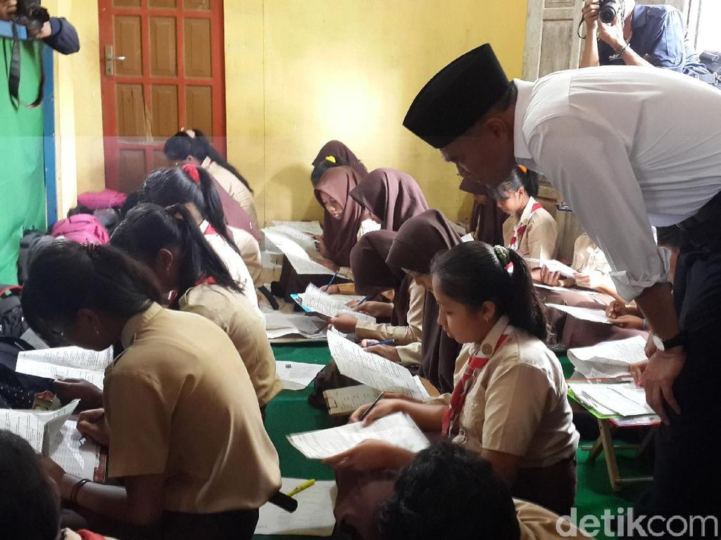 Ini Janji Mendikbud Kunjungi Sekolah Terdampak Bencana di Pacitan