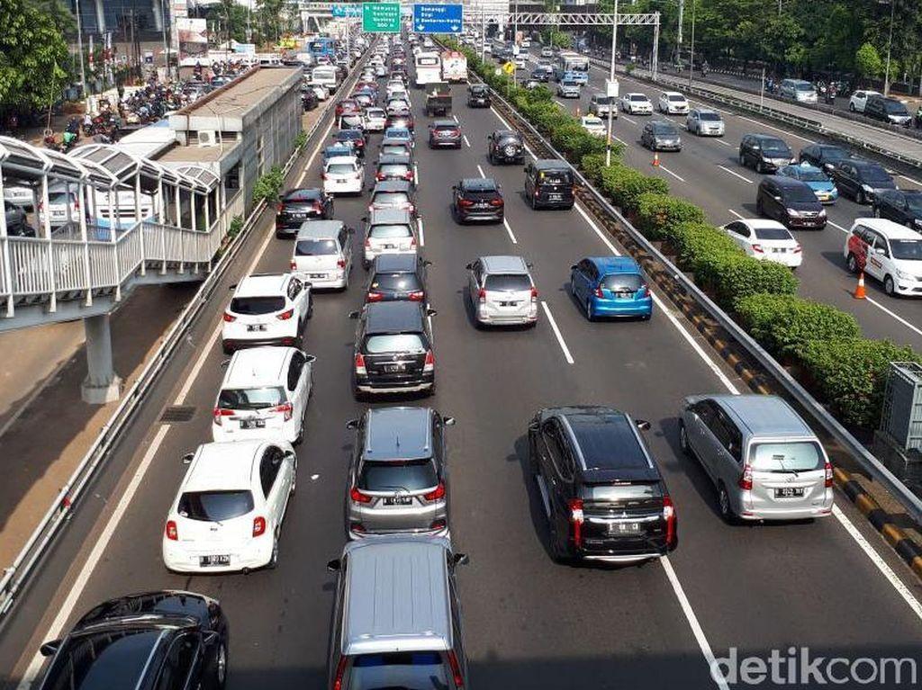 Tarif Tol Dalam Kota Naik, Bisakah Atasi Macet?