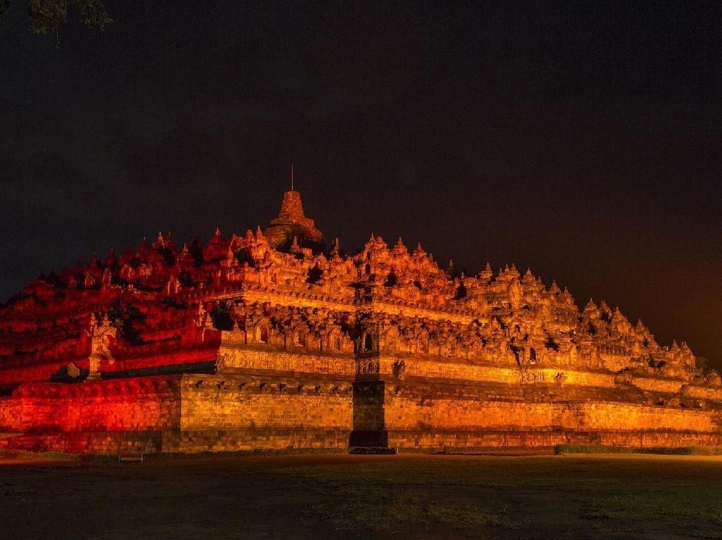 Kampanye Antikekerasan pada Wanita, Borobudur Berubah Jadi Oranye