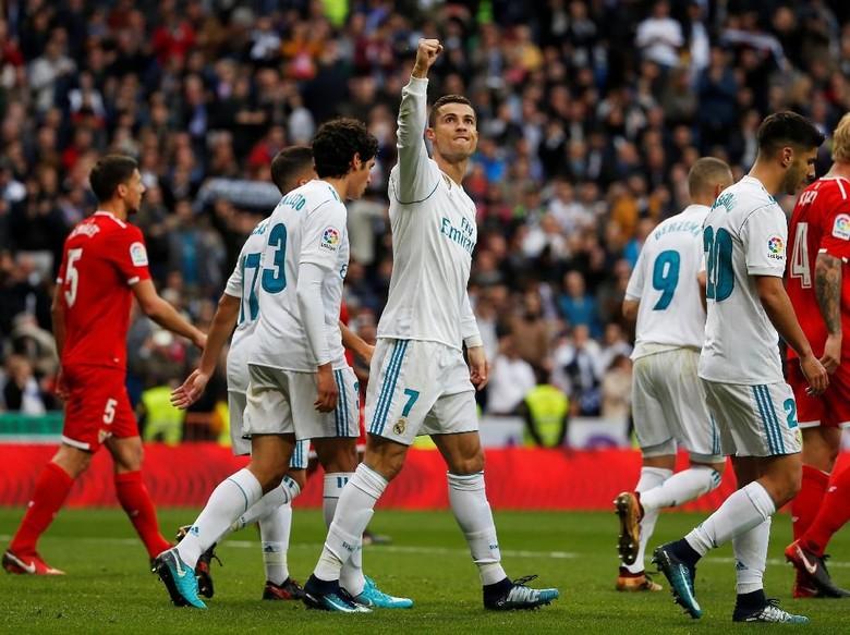 Ronaldo Dua Gol, Madrid Hajar Sevilla 5-0