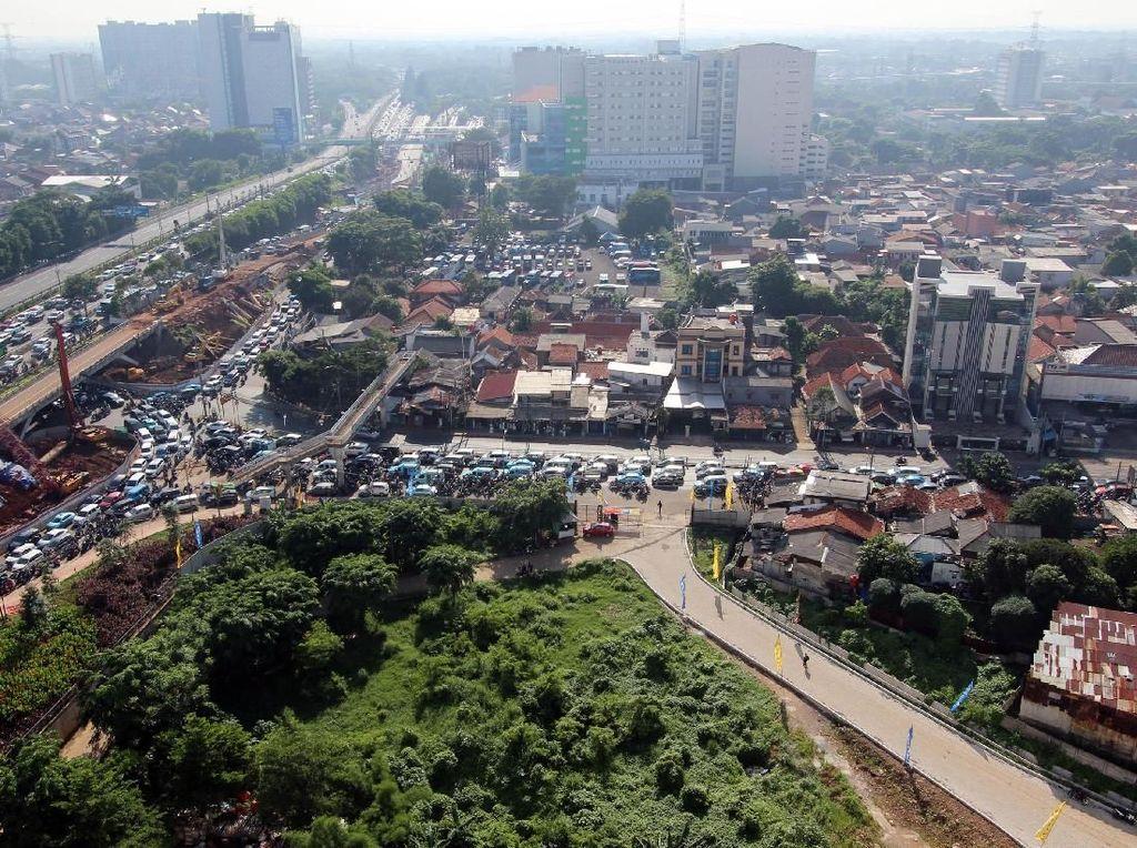 Jalur Alternatif Hindari Kemacetan di Simpang Dewi Sartika