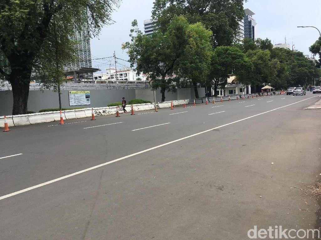 Bersihnya Jalan Medan Merdeka Selatan usai Demo di Kedubes AS