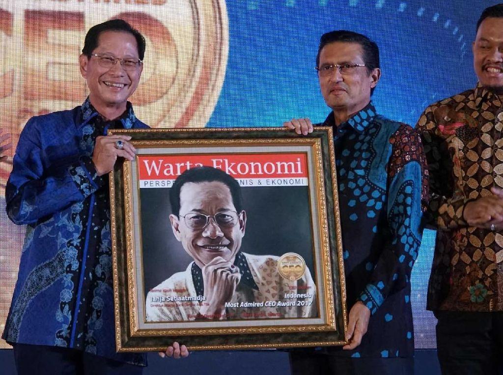 Presdir BCA Raih Indonesia Most Admired CEO 2017