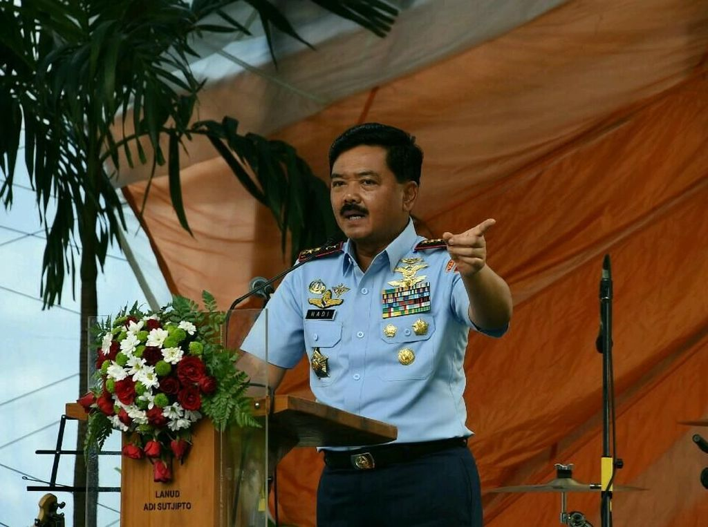 Panglima TNI Mau Ajak Ngopi Penyebar Fitnah Keluarganya