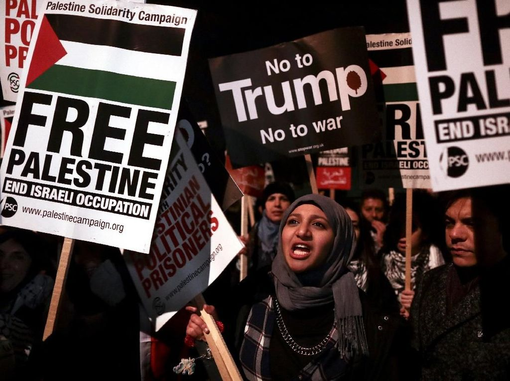 Potret Aksi Protes Trump yang Terus Bergulir di Berbagai Negara