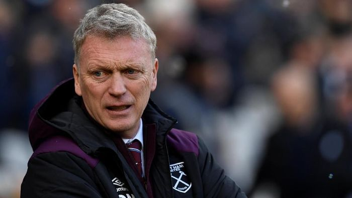 Soccer Football - Premier League - West Ham United vs Chelsea - London Stadium, London, Britain - December 9, 2017  West Ham United manager David Moyes before the match  Action Images via Reuters/Tony OBrien  EDITORIAL USE ONLY. No use with unauthorized audio, video, data, fixture lists, club/league logos or