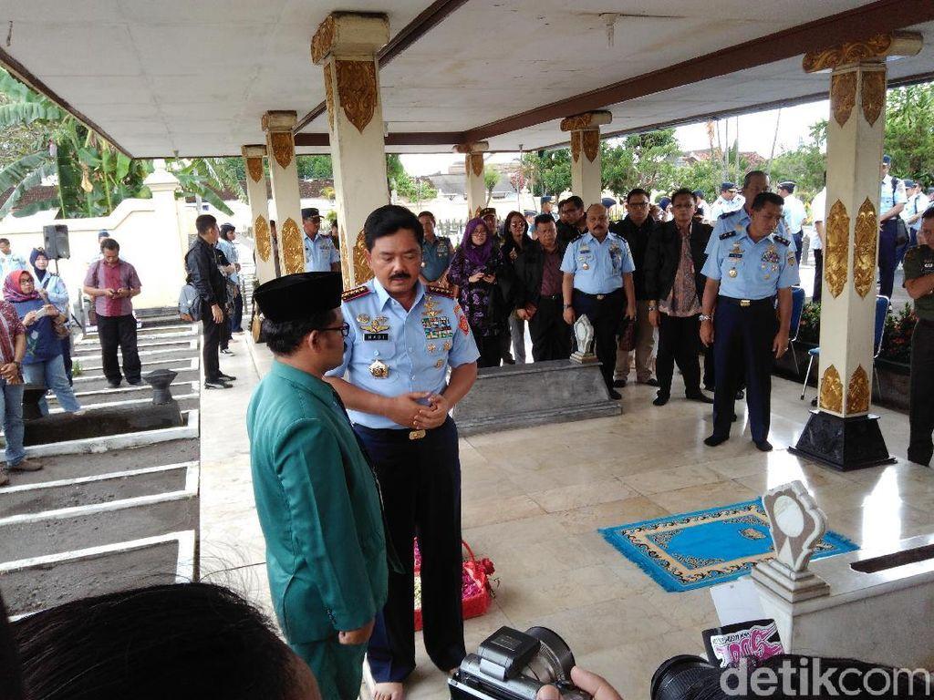 Dari Makam Jenderal Soedirman, Panglima TNI Lanjut Ziarah ke Ngoto