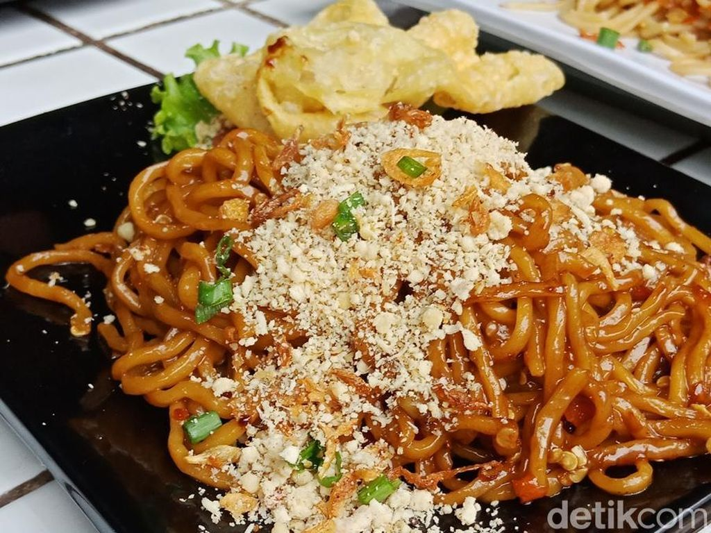 10 Tempat Makan Favorit Mahasiswa di Malang, Legendaris hingga View Bagus