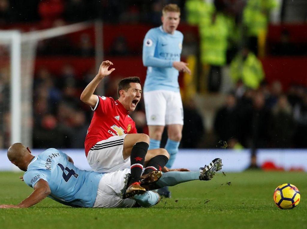 Mourinho Soroti Wasit, Sebut MU Harusnya Dapat Penalti
