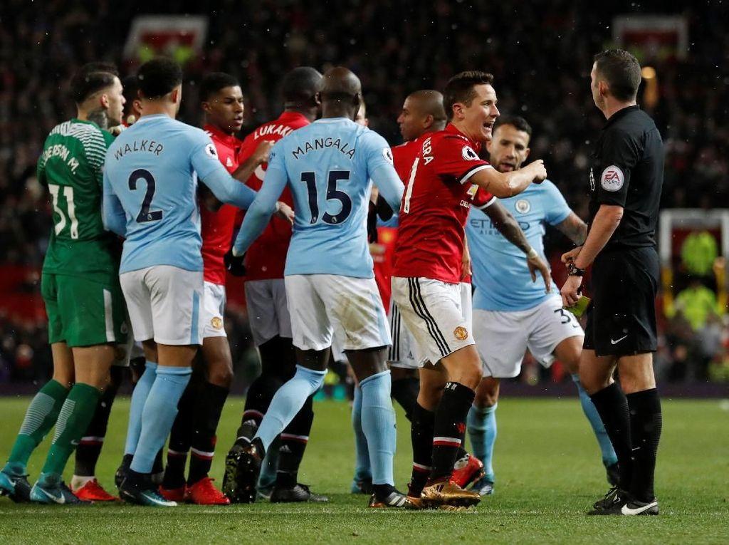 Terkait Keributan Usai Derby Manchester, MU dan City Takkan Dihukum