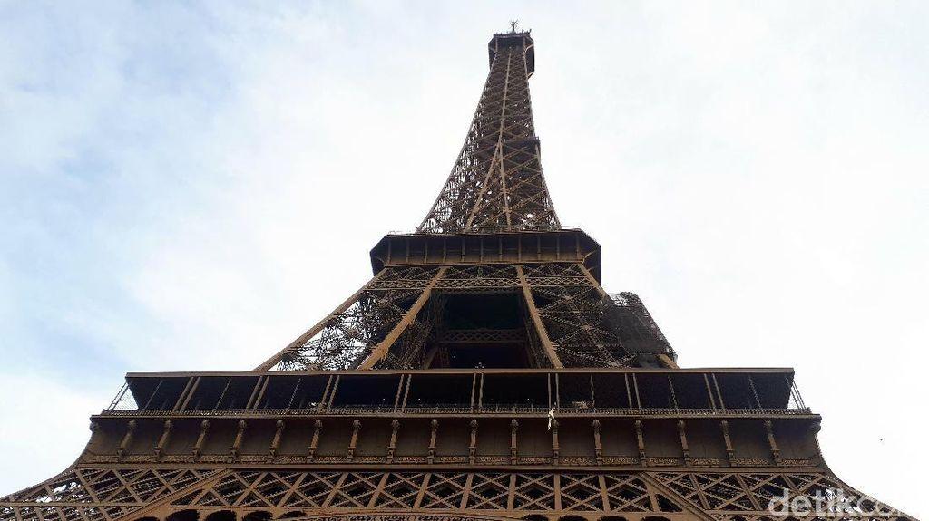 Tipikal Liburan Orang Indonesia ke Paris