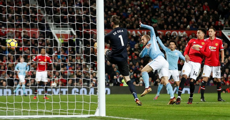 Mourinho: City Bikin Dua Gol Buruk