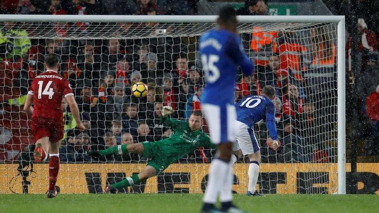 Balik Dinginnya Eksekusi Penalti Rooney