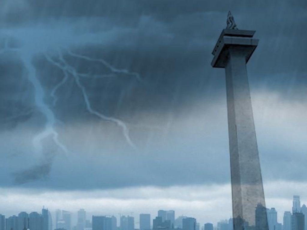 BMKG Prediksi Jakpus hingga Jaktim Diguyur Hujan Hari Ini