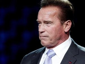 Arnold Schwarzenegger Samakan Perusuh Capitol AS dengan Nazi