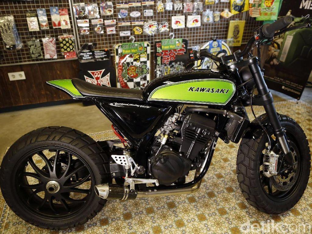 Modif Kawasaki Ninja 250 Ini Keren Habis