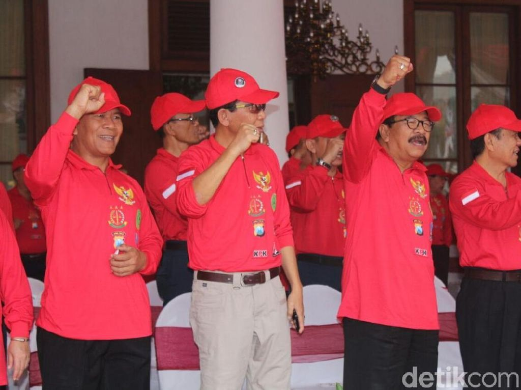 Gubernur Soekarwo Ingatkan Kepala Daerah di Jatim Miliki Integritas
