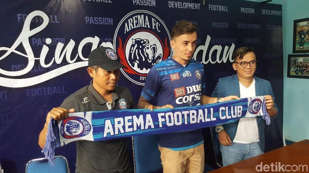 Arema FC Resmi Kontrak Rodrigo Dos Santos