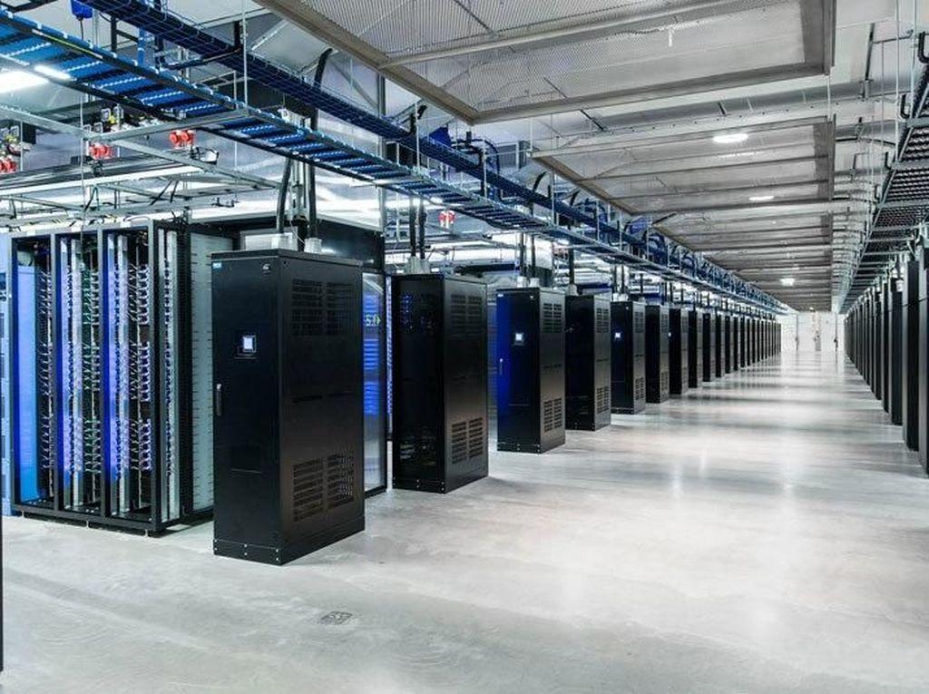 Di Data Center Raksasa Ini Foto Narsis Facebook Disimpan