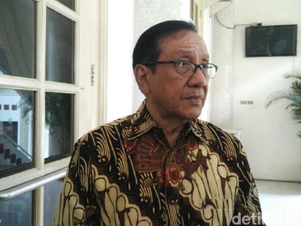 Akbar Tanjung: Kecil Peluang Setnov Lolos dari Jerat Hukum