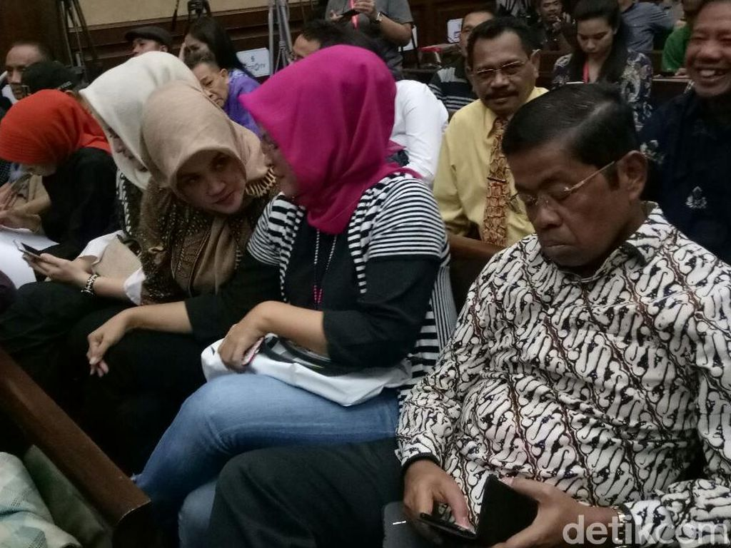 Idrus Prihatin Banyak Orang Tinggalkan Novanto