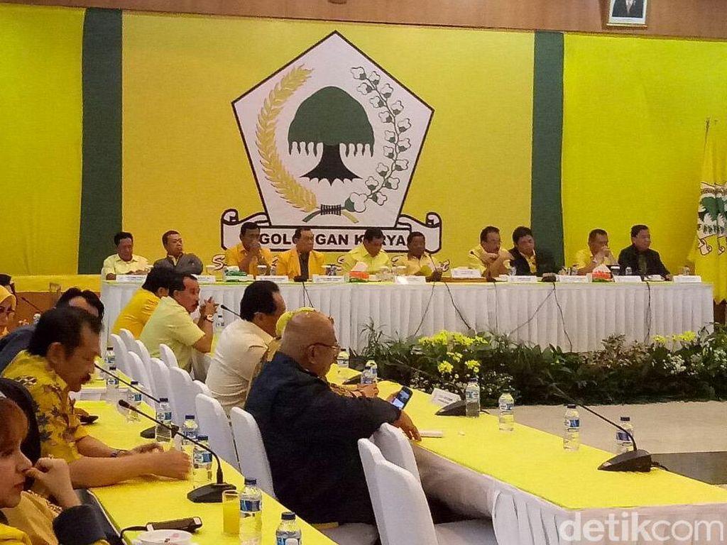 Survei LSI Denny JA: Golkar Ditinggal Jauh PDIP dan Gerindra
