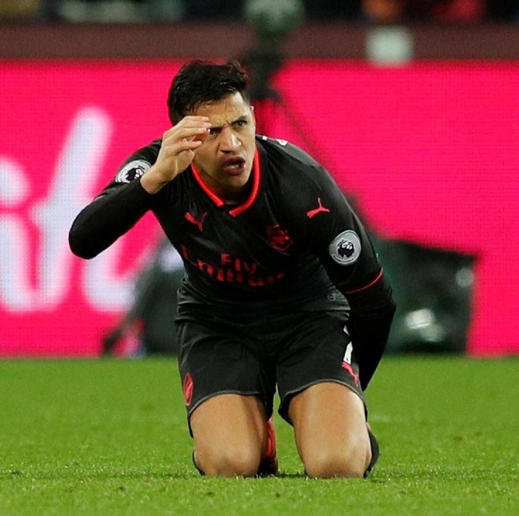 Tampil Buruk Lawan West Ham, Sanchez Dibela