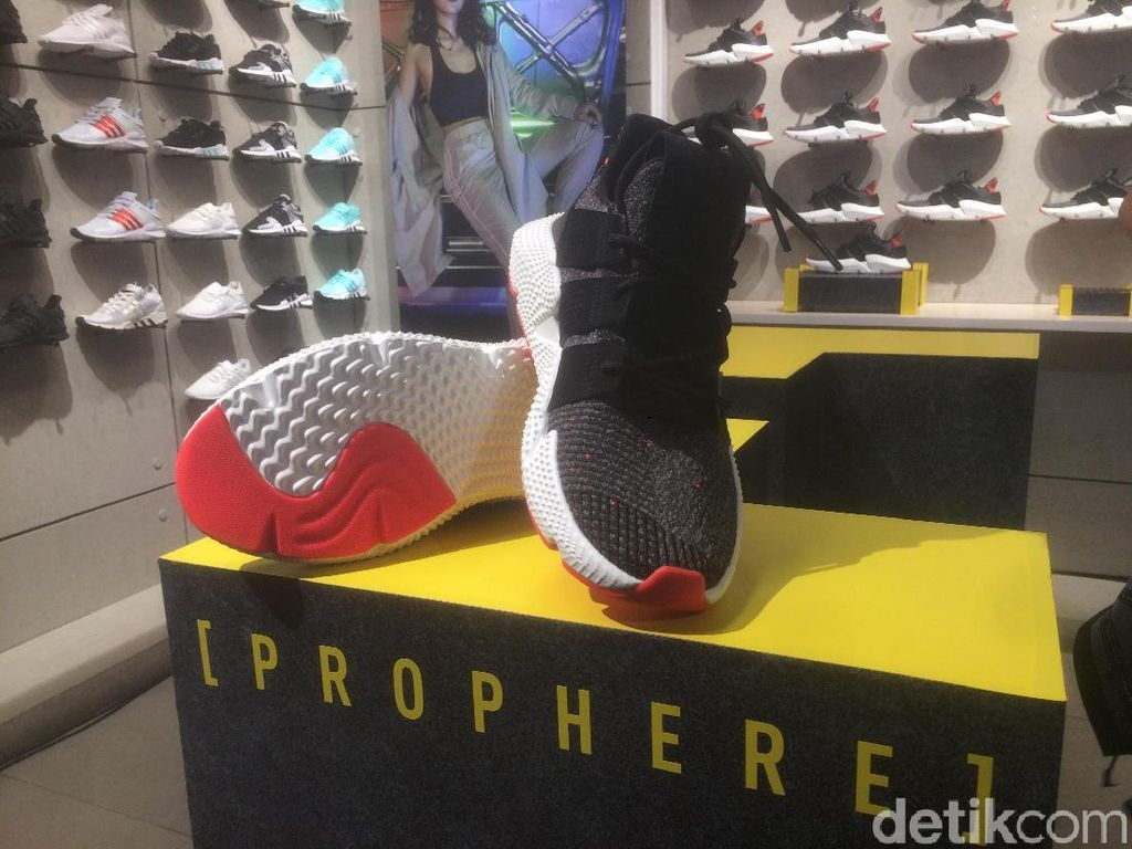 Prophere, Model Sneakers Adidas Terbaru yang Out of The Box