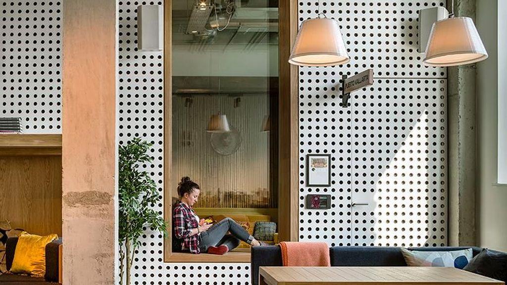 Mengintip Kantor Keren Airbnb yang Bekas Gudang