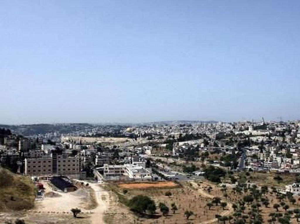 Israel Selidiki Gubernur Yerusalem Atas Tuduhan Terorisme