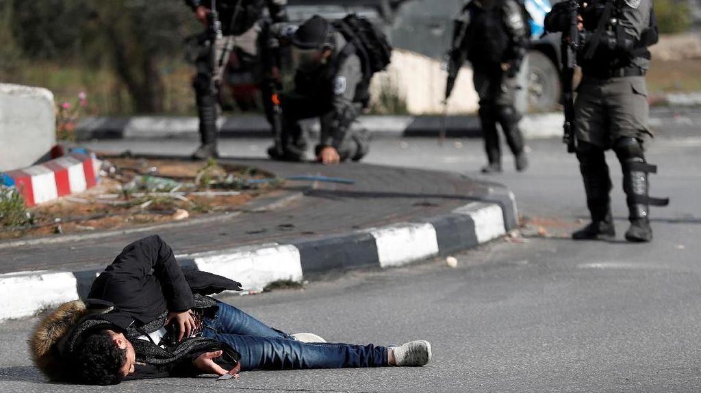 Sadis, Polisi Israel Tembak Pemuda Palestina dari Jarak Dekat
