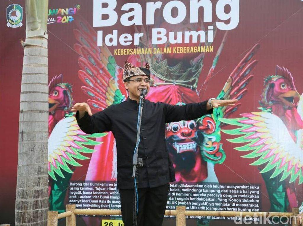 Foto Lawas Azwar Anas Disebar, Sekjen PDIP: Manusia Tak Sempurna