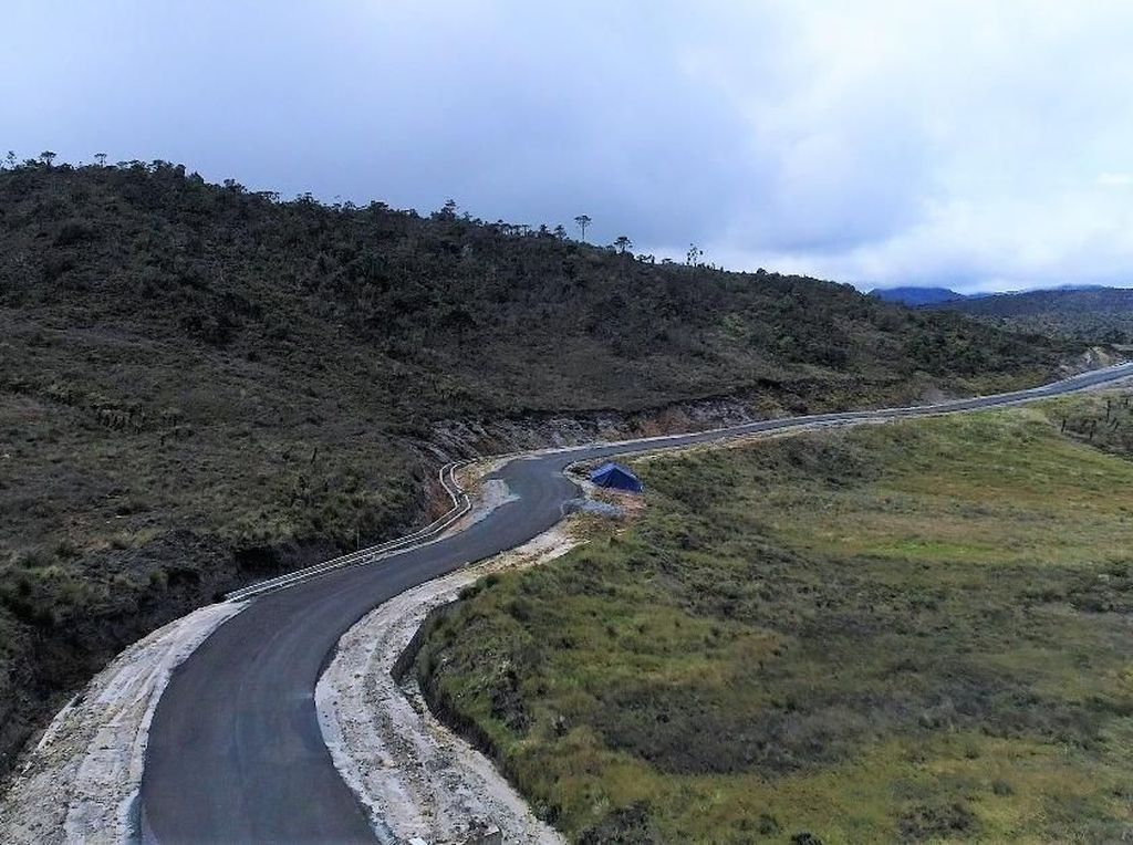 Kendala Medan Sulit, 190 Km Jalan Perbatasan Papua Belum Tembus