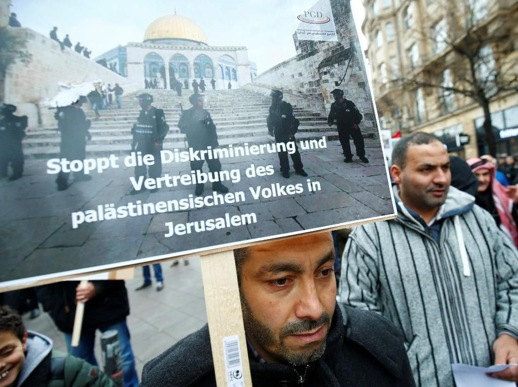 Foto: Suasana Aksi Bela Palestina di Frankfurt Jerman