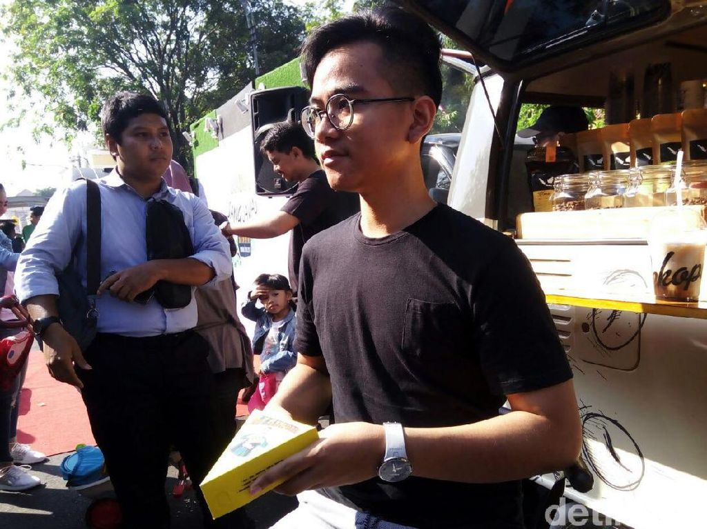 Sedihnya Jokowi, Anaknya Tak Mau Bisnis Mebel