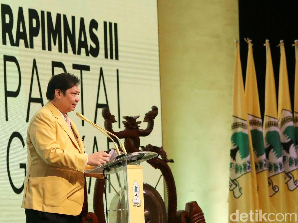 Airlangga Dukung Penuh Jokowi Naikkan Pangkat Megawati
