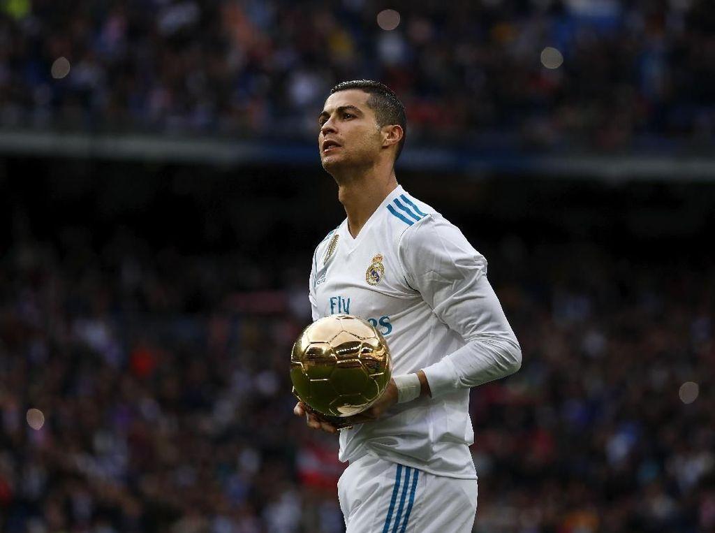 Zidane Minta Madrid Pertahankan Ronaldo Sampai Pensiun