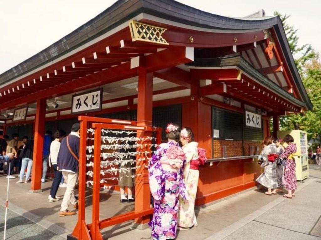 Menengok Sisi Lama Kota Tokyo di Asakusa