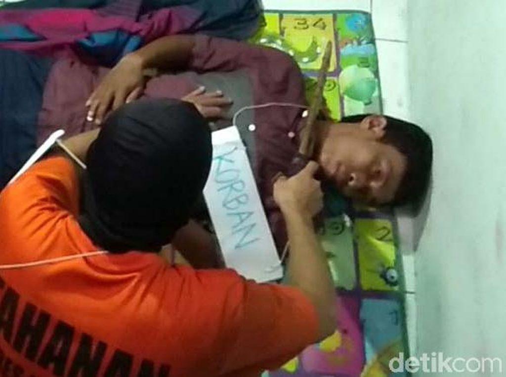Sadis! Kholil Mutilasi Sales Cantik di Karawang Cuma Setengah Jam
