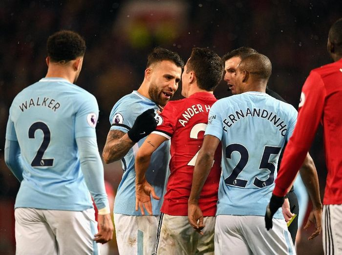 Ada peran lagu Dont Look Back In Anger dalam ribut-ribut di Derby Manchester (Michael Regan/Getty Images)