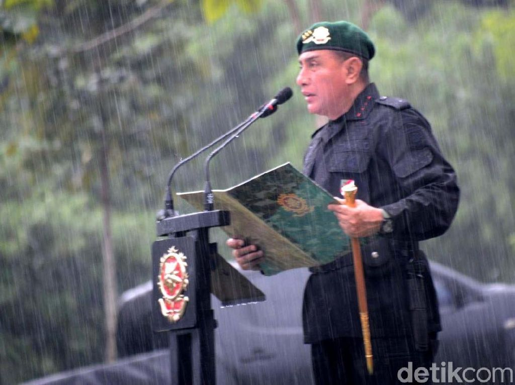 Panglima TNI Setujui Pengunduran Diri Pangkostrad Letjen Edy