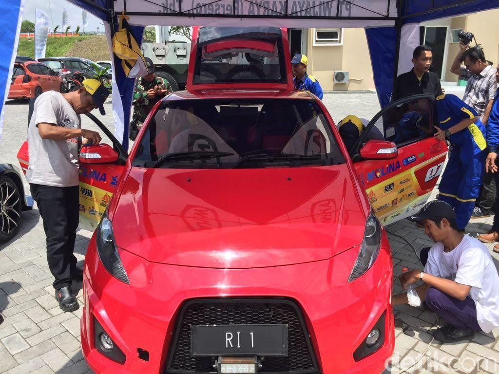 Jokowi akan Jajal Tol Sumo Pakai Mobil Listrik Buatan ITS