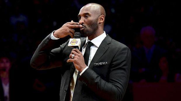 Rekor poin Kobe Bryant dilewati LeBron James.