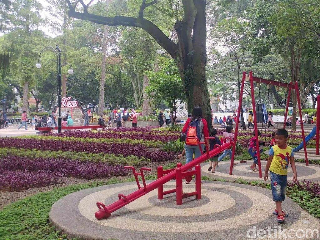 Ruang Terbuka Hijau di Bandung Masih Kurang 3.000 Hektare