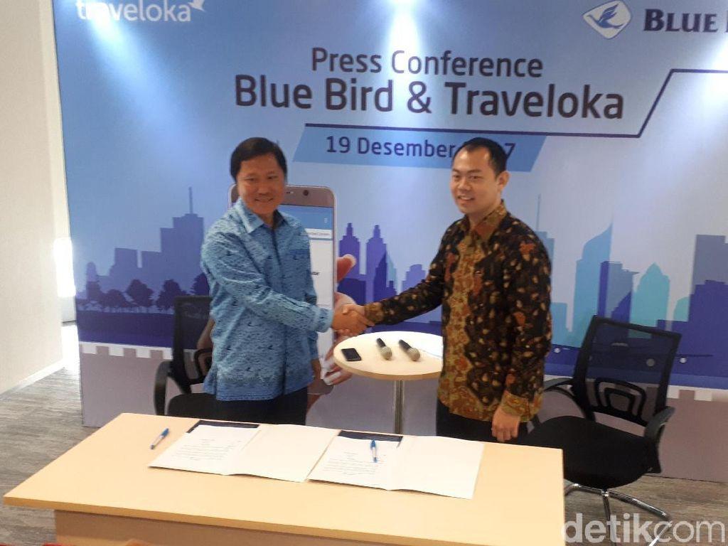 Traveloka dan Blue Bird Mudahkan Transportasi di Bandara